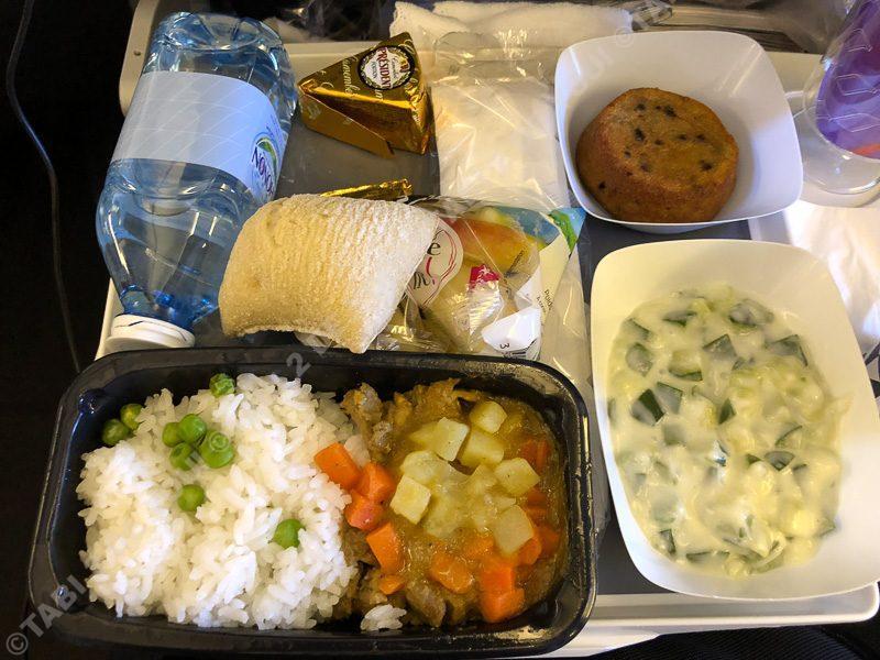 エールフランスAF272機内食