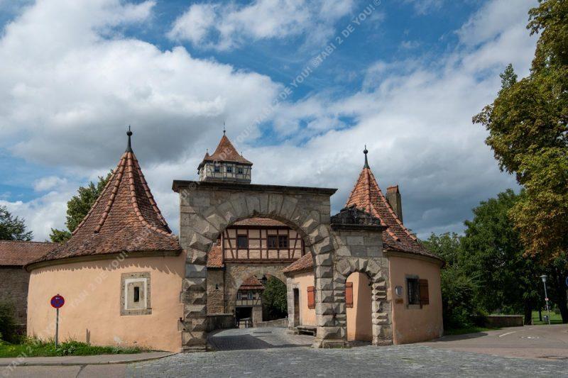 ローテンブルクの入口のレーダー門